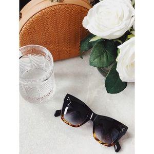 🆕Remy Black & Tortoise Oversized Sunnies